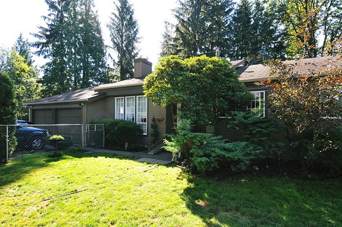 Main Photo: 8998 EMIRY Street in Mission: Mission BC House for sale : MLS®# R2103884