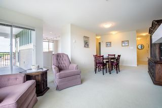 """Photo 2: 415 7089 MONT ROYAL Square in Vancouver: Champlain Heights Condo for sale in """"CHAMPLAIN VILLAGE"""" (Vancouver East)  : MLS®# R2394689"""