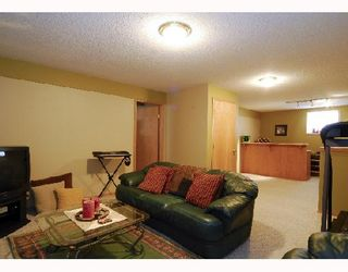 Photo 9: 122 SOMERSET Way SW in CALGARY: Somerset Residential Detached Single Family for sale (Calgary)  : MLS®# C3318703