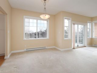 Photo 5: 301 9950 Fourth St in : Si Sidney North-East Condo for sale (Sidney)  : MLS®# 867374