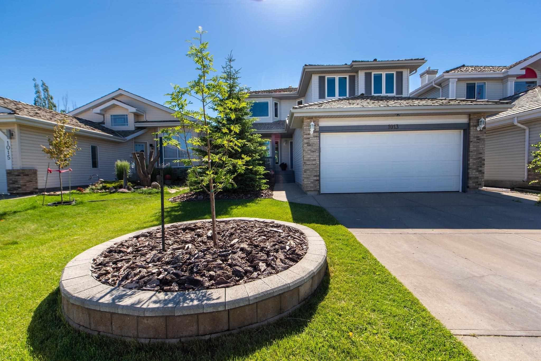 Main Photo: 1013 BLACKBURN Close in Edmonton: Zone 55 House for sale : MLS®# E4253088