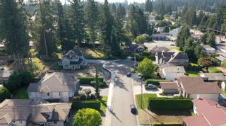 Photo 6: 811 KELVIN Street in Coquitlam: Harbour Chines House for sale : MLS®# R2622197