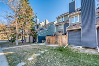 Main Photo: 181 89 Glamis Green SW in Calgary: Glamorgan Row/Townhouse for sale : MLS®# A1153619