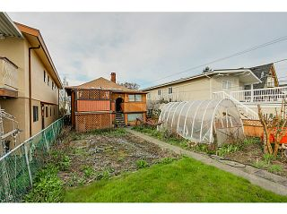 """Photo 10: 1288 E 26TH Avenue in Vancouver: Knight House for sale in """"CEDAR COTTAGE"""" (Vancouver East)  : MLS®# V1114314"""