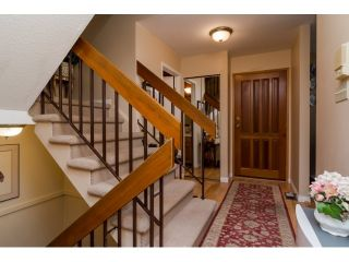 """Photo 3: 28 2962 NELSON Place in Abbotsford: Central Abbotsford Townhouse for sale in """"WILLBAND CREEK"""" : MLS®# R2016957"""