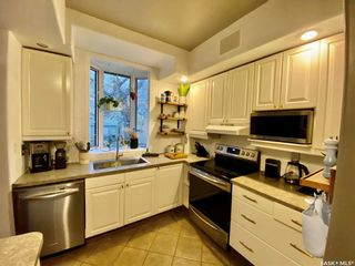 Photo 12: 812 6th Avenue North in Saskatoon: City Park Residential for sale : MLS®# SK872553