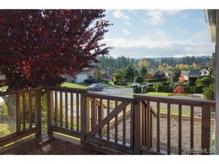 Photo 17: 2318 Francis View Dr in VICTORIA: VR View Royal House for sale (View Royal)  : MLS®# 686679