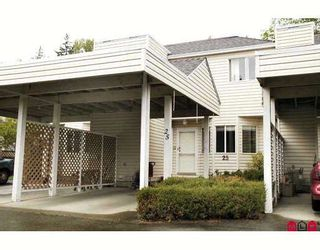 """Photo 1: 25 7560 138TH Street in Surrey: East Newton Townhouse for sale in """"Parkside"""" : MLS®# F2909640"""