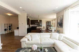 Photo 9: 212 Creekside Road in Winnipeg: Bridgwater Lakes Residential for sale (1R)  : MLS®# 202112826