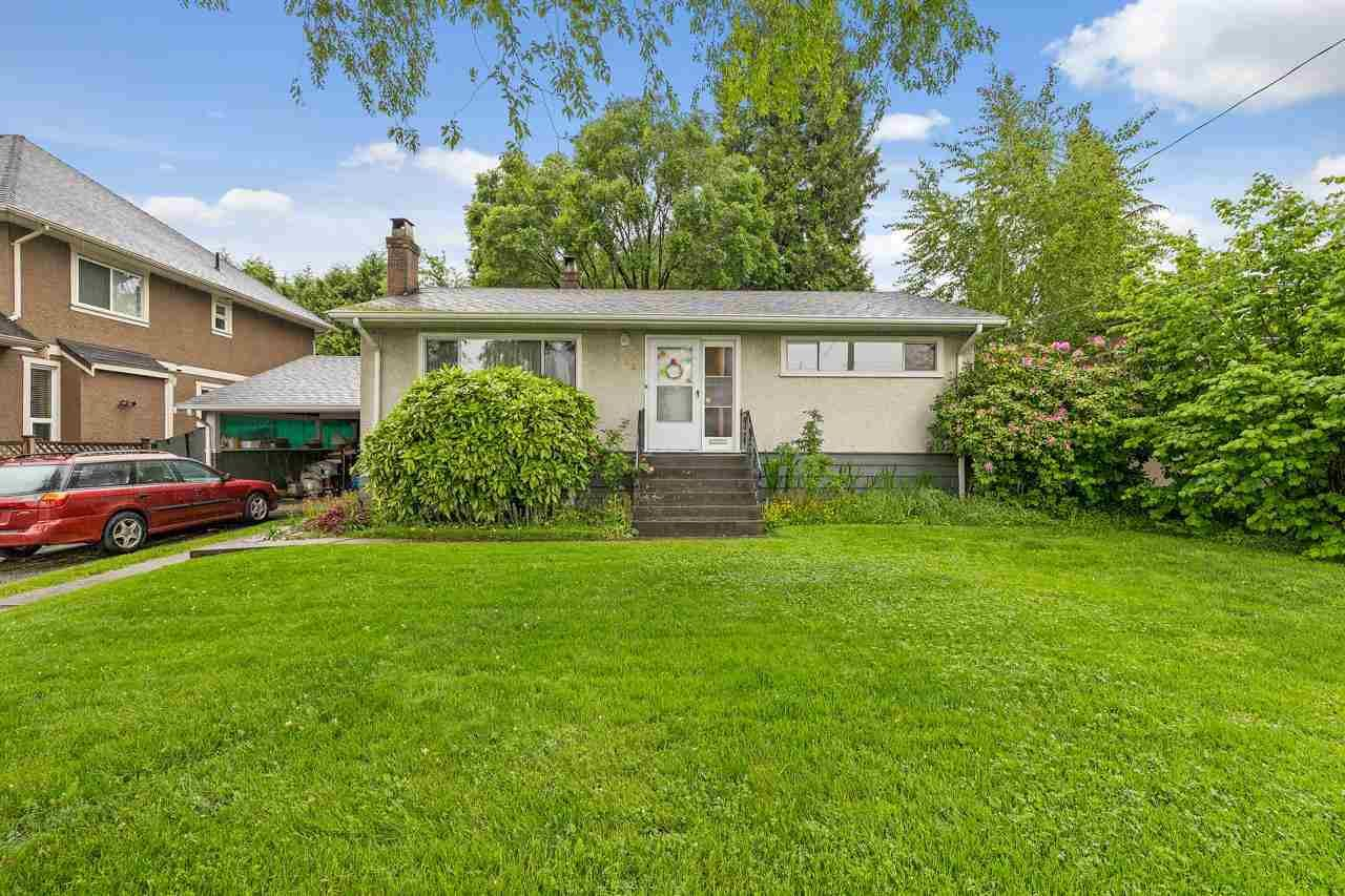 Main Photo: 719 ROCHESTER Avenue in Coquitlam: Coquitlam West House for sale : MLS®# R2588161