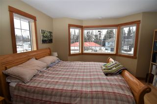 """Photo 26: 1420 SUNNY POINT Drive in Smithers: Smithers - Town House for sale in """"Silverking"""" (Smithers And Area (Zone 54))  : MLS®# R2546950"""