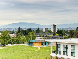 Photo 16: 613 9388 TOMICKI Avenue in Richmond: West Cambie Condo for sale : MLS®# R2602840