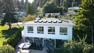 Photo 5: 396 S FLETCHER Road in Gibsons: Gibsons & Area House for sale (Sunshine Coast)  : MLS®# R2622956