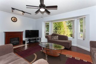 """Photo 4: 5811 ANGUS Place in Surrey: Cloverdale BC House for sale in """"Jersey Hills"""" (Cloverdale)  : MLS®# R2326051"""