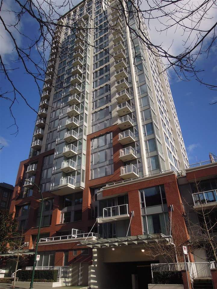 "Main Photo: 1604 550 TAYLOR Street in Vancouver: Downtown VW Condo for sale in ""The Taylo"" (Vancouver West)  : MLS®# R2042324"