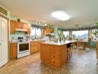 Photo 9: 2355 Strawberry Pl in CAMPBELL RIVER: CR Willow Point House for sale (Campbell River)  : MLS®# 830896