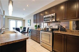 Photo 7: 4 Harbourside Drive in Whitby: Port Whitby House (2-Storey) for sale : MLS®# E4043024