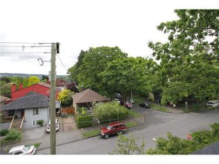 Photo 12: 2304 VINE ST in Vancouver: Kitsilano Townhouse for sale (Vancouver West)  : MLS®# V894432