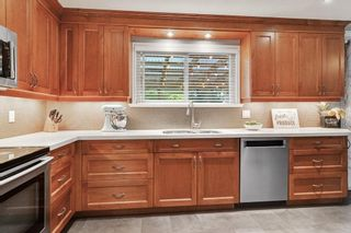 Photo 11: 26673 32A Avenue: House for sale in Langley: MLS®# R2592600