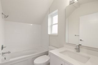 Photo 19: 958 E 38TH AVENUE in Vancouver: Fraser VE House for sale (Vancouver East)  : MLS®# R2414390