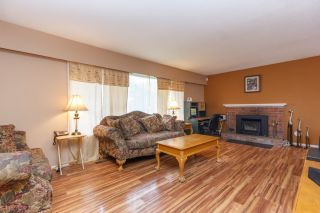 Photo 2: 2074 Piercy Ave in SIDNEY: Si Sidney North-East House for sale (Sidney)  : MLS®# 778350