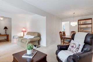 Photo 8: 36 HUNTERBURN Place NW in Calgary: Huntington Hills Detached for sale : MLS®# C4292694