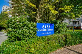 """Photo 3: 903 6152 KATHLEEN Avenue in Burnaby: Metrotown Condo for sale in """"EMBASSY"""" (Burnaby South)  : MLS®# R2506354"""