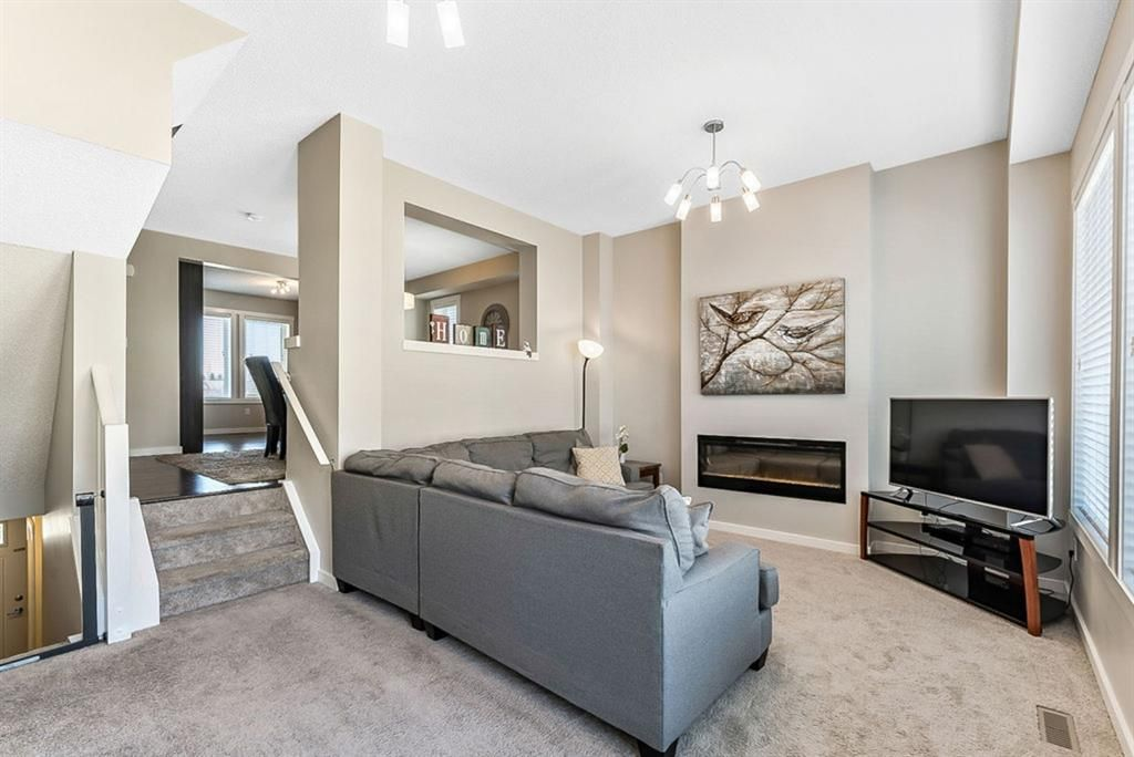 500, 50 Westland Road is complete with fresh, modern colours, spacious living and dining areas and a beautifully upgraded kitchen.