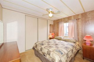 Photo 12: 79 2303 CRANLEY DRIVE in Surrey: King George Corridor Manufactured Home for sale (South Surrey White Rock)  : MLS®# R2384699