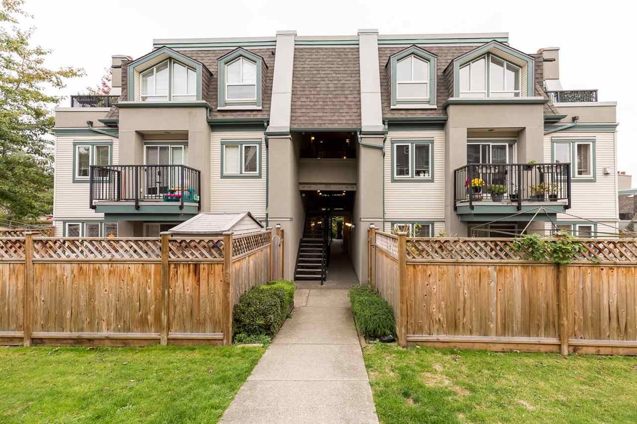 "Main Photo: 120 217 BEGIN Street in Coquitlam: Maillardville Townhouse for sale in ""PLACE FOUNTAINBLEAU"" : MLS®# R2511340"