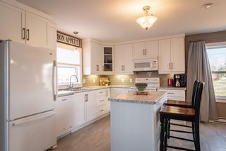 Photo 6: 208 Curtis Drive in Truro: 104-Truro/Bible Hill/Brookfield Residential for sale (Northern Region)  : MLS®# 202110216