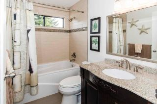 """Photo 25: 4 2151 BANBURY Road in North Vancouver: Deep Cove Townhouse for sale in """"Mariners Cove"""" : MLS®# R2584972"""