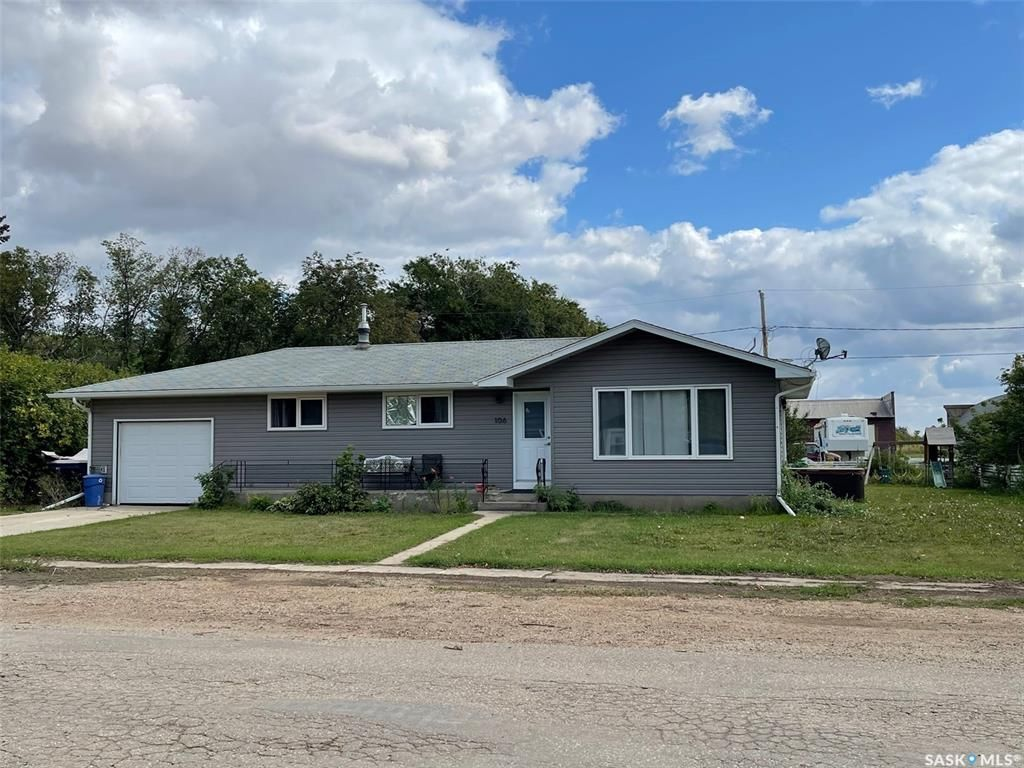 Main Photo: 106 First Avenue North in Marcelin: Residential for sale : MLS®# SK867646