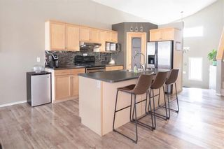 Photo 5: 72 Wisteria Way in Winnipeg: Riverbend Residential for sale (4E)  : MLS®# 202111218
