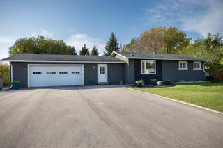 Photo 1: 340 SAUVEUR Place in Lorette: R05 Residential for sale : MLS®# 1928364
