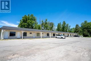 Photo 3: 872 COUNTY ROAD 17 HIGHWAY in L'Orignal: Multi-family for sale : MLS®# 1246793