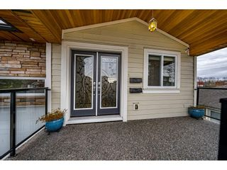 Photo 3: 311 JOHNSTON Street in New Westminster: Queensborough House for sale : MLS®# R2550726