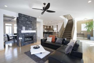 Photo 5: 131 SPRINGBLUFF Boulevard SW in Calgary: Springbank Hill Detached for sale : MLS®# A1066910