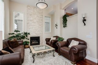 Photo 5: 14 Everridge Common SW in Calgary: Evergreen Row/Townhouse for sale : MLS®# A1120341