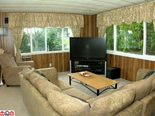Photo 3: 2229 CRYSTAL Court in Abbotsford: Poplar Manufactured Home for sale : MLS®# F1007385
