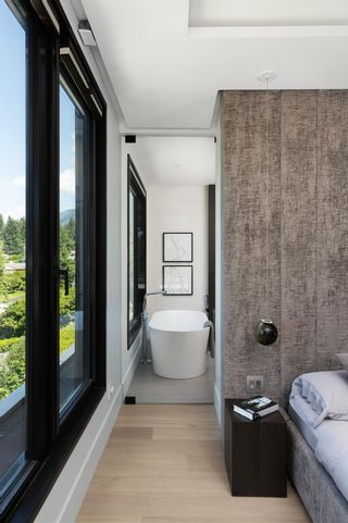 Photo 29: 276 SANDRINGHAM Crescent in North Vancouver: Upper Lonsdale House for sale : MLS®# R2617703