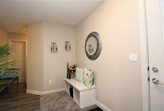Photo 3: 10 ROBIN Way: St. Albert House Half Duplex for sale : MLS®# E4229220