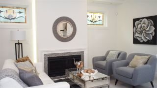 """Photo 2: 1836 W 12TH Avenue in Vancouver: Kitsilano Townhouse for sale in """"THE FOX HOUSE"""" (Vancouver West)  : MLS®# R2176603"""