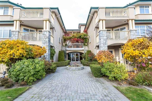 Main Photo: 409 288 E 6th Street in North Vancouver: Lower Lonsdale Condo for sale : MLS®# R2318410