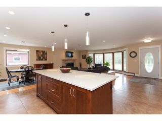 Photo 11: 23864 64 Avenue in Langley: Salmon River House for sale : MLS®# R2356393