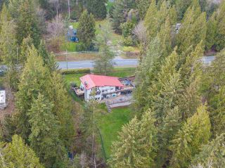 Photo 2: 8974 CLAY Street in Mission: Mission BC House for sale : MLS®# R2358300