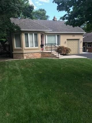 Photo 2: 191 Humbervale Boulevard in Toronto: Stonegate-Queensway House (Bungalow) for lease (Toronto W07)  : MLS®# W4849285