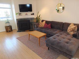 Photo 4: 293 fines Drive in Regina: Glencairn Village Residential for sale : MLS®# SK871938