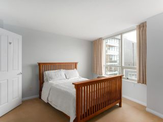 """Photo 13: 900 1570 W 7TH Avenue in Vancouver: Fairview VW Condo for sale in """"Terraces on 7th"""" (Vancouver West)  : MLS®# R2588372"""
