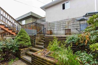 Photo 4: 65 ELLESMERE Avenue in Burnaby: Capitol Hill BN House for sale (Burnaby North)  : MLS®# R2404033